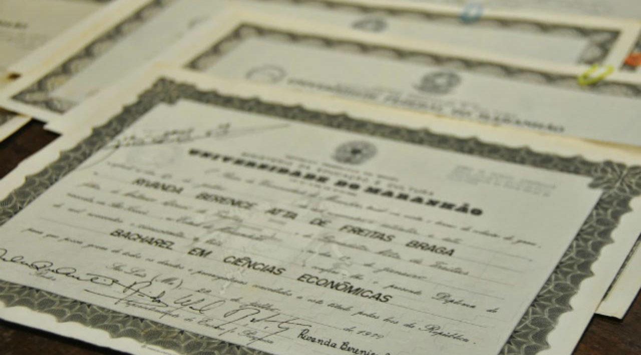 Diploma-e1540844755157
