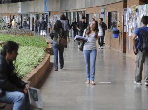 MEC proíbe o ingresso de novos alunos em mais de 257 instituições